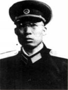 董家龙少将