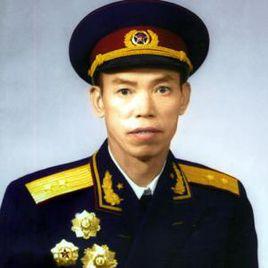 中国人民解放军中将--梁兴初