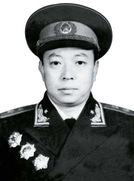 中国人民解放军中将--梁必业