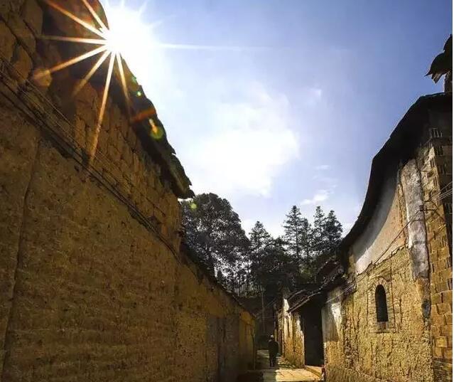 前洋,被时光封存了千年的美丽古村