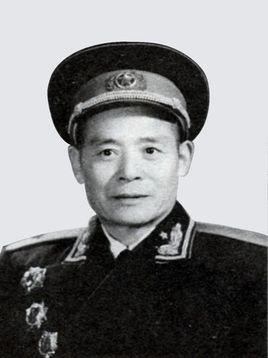 开国少将:邹国厚